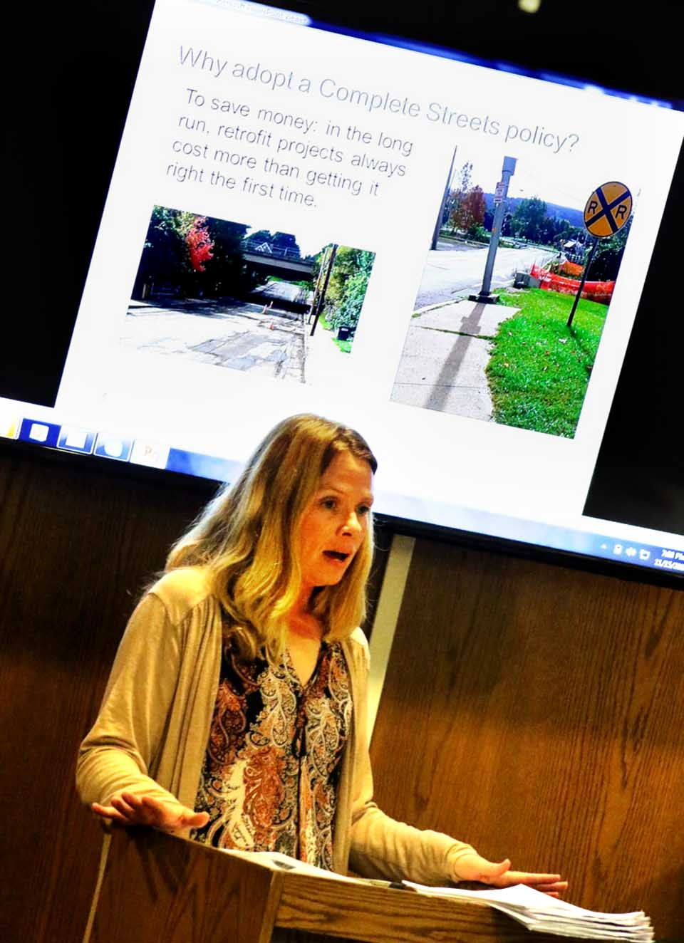 Lynae Wyckoff, a local coordinator for the Complete Streets initiative, shares her findings with Oneonta Common Council during tonight's meeting. (Ian Austin/AllOTSEGO.com)