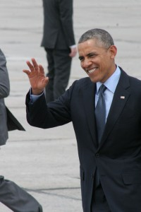 President Obama waves to the crowd after getting off Air Force One at Griffiss Airport. Ian Austin for allotsego.com