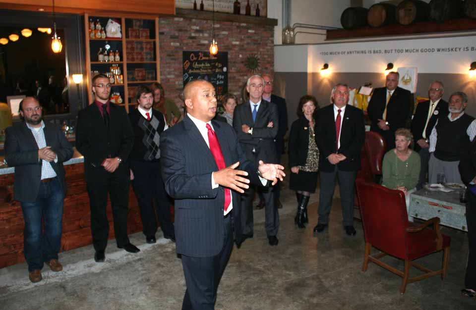 A few minutes ago at a GOP fundraiser at the Cooperstown Distillery, lieutenant governor candidate Chris Moss issued a call to get out the vote for next Tuesday's statewide election.  He and attorney general hopeful John Cahill (blue tie, behind Moss), recalled 1994, when George Pataki upset sitting governor Mario Cuomo when the Upstate vote more than counter-balanced New York City's.   Congressman Chris Gibson is expected at the fundraiser before it ends at 8 p.m.  (Jim Kevlin/allotsego.com)