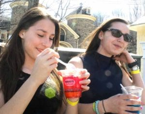 hsotiryi day cool drink