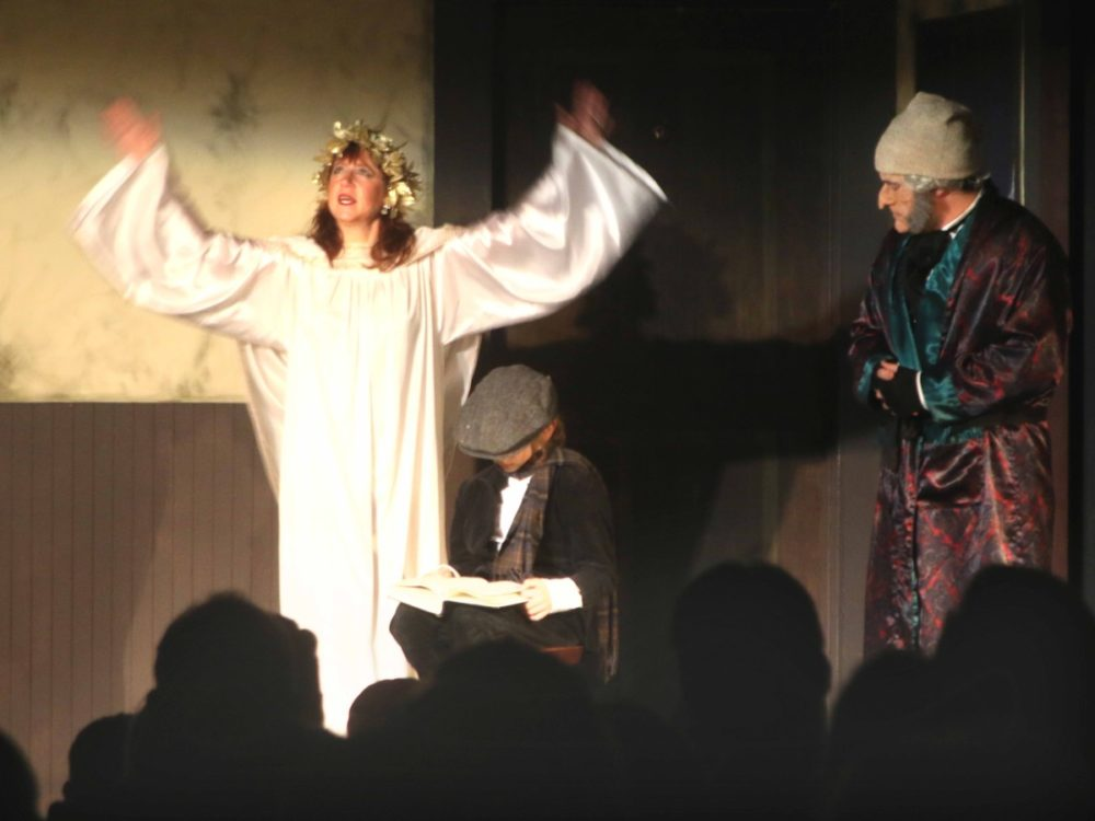 Christmas Carol Ghosts.3 Ghosts Entice Audiences To Attend Christmas Carol