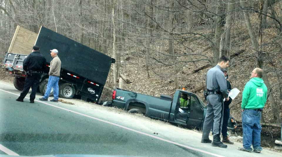 Pickup crash | AllOTSEGO com